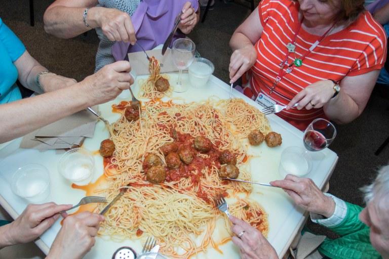 friendshipforceexchange-spaghettiontheboardatbunkys-9-16-4898