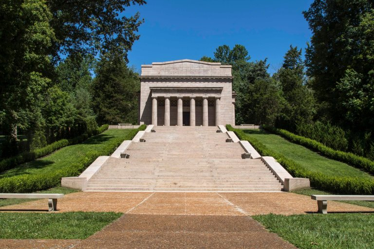 Lincoln Birthplace-3310