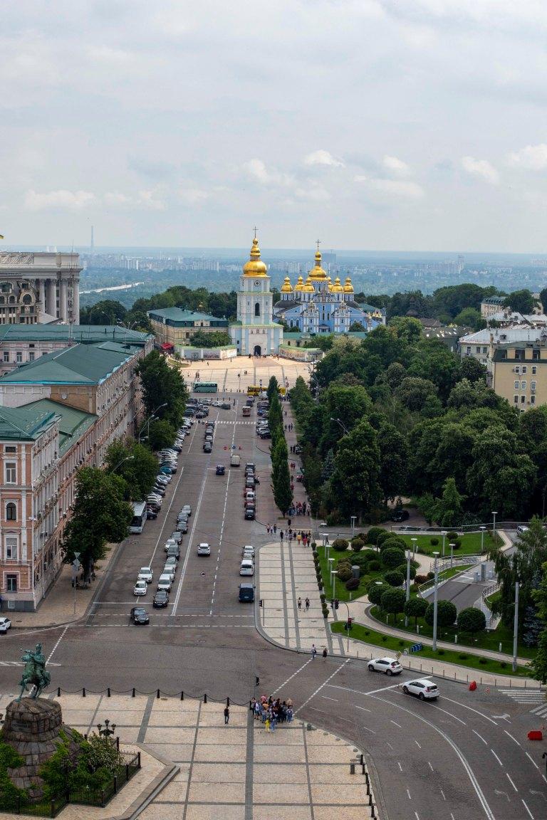 Around Kyiv-8449